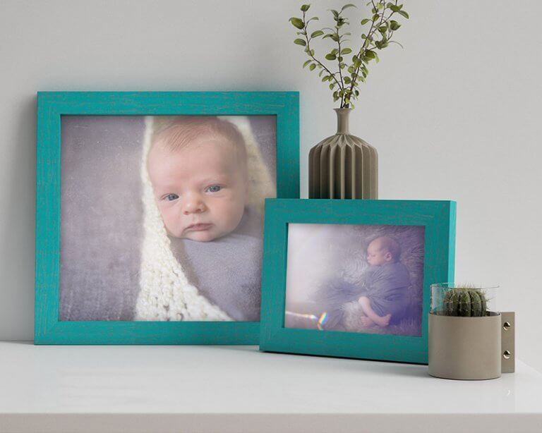 WHCC Distressed Frame in Teal, Photos: Breanne Nicole