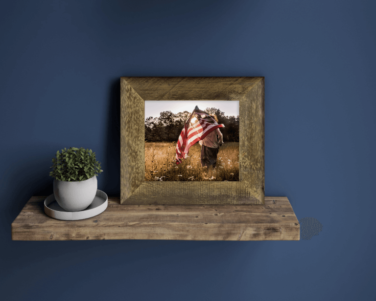 WHCC Barnwood Frame (No Trim), Photo: Sara Oberlander