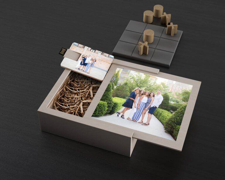 Artsy Couture Wood USB Box, Photo: Wendy Sorensen